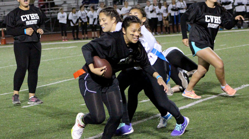 Sophomores and seniors succeed at Powderpuff
