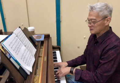 A grand pianist with perfect pitch